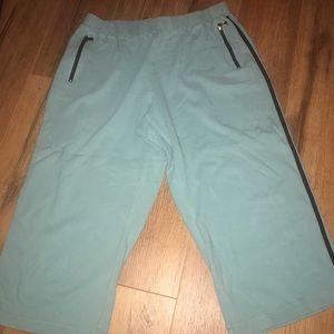 Lane Bryant cotton capris. Size 18/20. EUC.